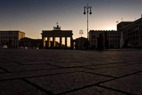 Brandenburg Gate, Berlin, Germany, Europe of artist Norbert Michalke (F1 Online) as framed image