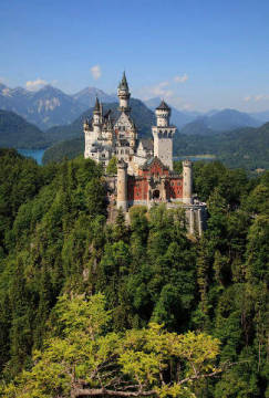 Neuschwanstein Castle, Bavaria, Germany of artist Beate Münter (F1 Online), Sky, Day, Alps, Blue, Plant, Color, Place, Travel