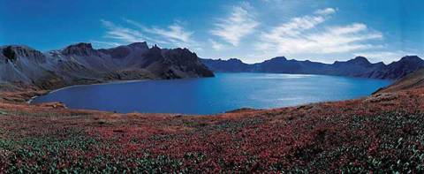 Tianchi Lake, Mt. Mount Changbai, Jilin of artist Panorama Media (F1 Online) as framed image
