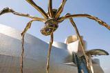 S. Tauqueur (F1 Online) - Sculpture in front of the Guggenheim Museum, Bilbao, Spain, low angle view