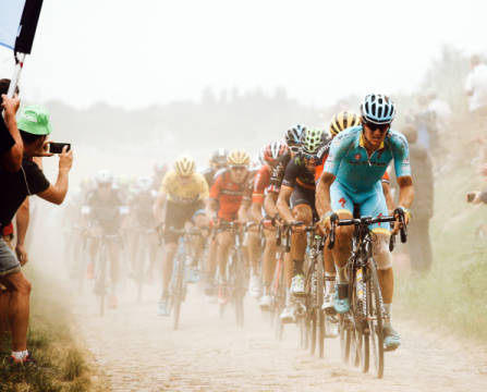 Cycling in the dust of artist Carlo Beretta, Day, Shot, Tour, Epic, 2015, Dusty, Canon, Sport