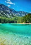 Tomas Anderson - Grüner see with crystal clear water in Austria