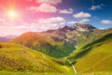Tomas Anderson - Colorful Alpine scenery with sun setting down