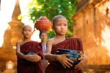 Wong Sze Fei - Buddhist monks Myanmar